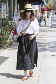 Abigail Spencer Out Shopping in Los Angeles 2018/06/04 3