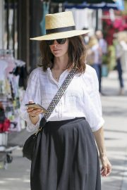 Abigail Spencer Out Shopping in Los Angeles 2018/06/04 4