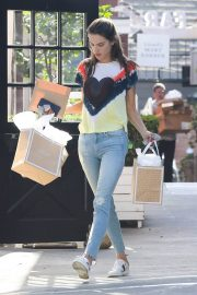 Alessandra Ambrosio at Sugar Paper Store in Brentwood 2018/06/12 4