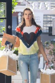 Alessandra Ambrosio at Sugar Paper Store in Brentwood 2018/06/12 13