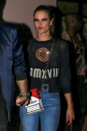 Alessandra Ambrosio Leaves Moschino Afterparty in Hollywood 2018/06/08 7