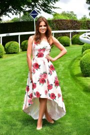Alexandra Felstead at Investec Derby Festival Ladies Day at Epsom Racecourse 2018/06/01 12
