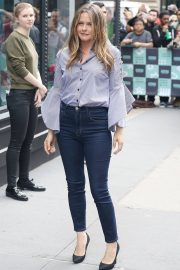 Alicia Silverstone at Build Series in New York 2018/06/05 5