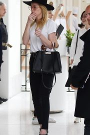 Amber Heard Leaves Her Hotel in Cannes 2018/05/13 2