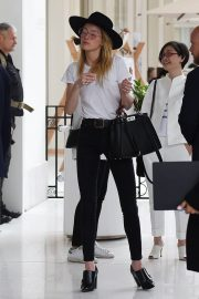 Amber Heard Leaves Her Hotel in Cannes 2018/05/13 8