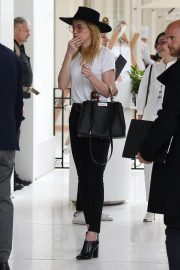 Amber Heard Leaves Her Hotel in Cannes 2018/05/13 9