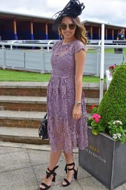 Amber Le Bon at Investec Derby Festival Ladies Day at Epsom Racecourse 2018/06/01 2