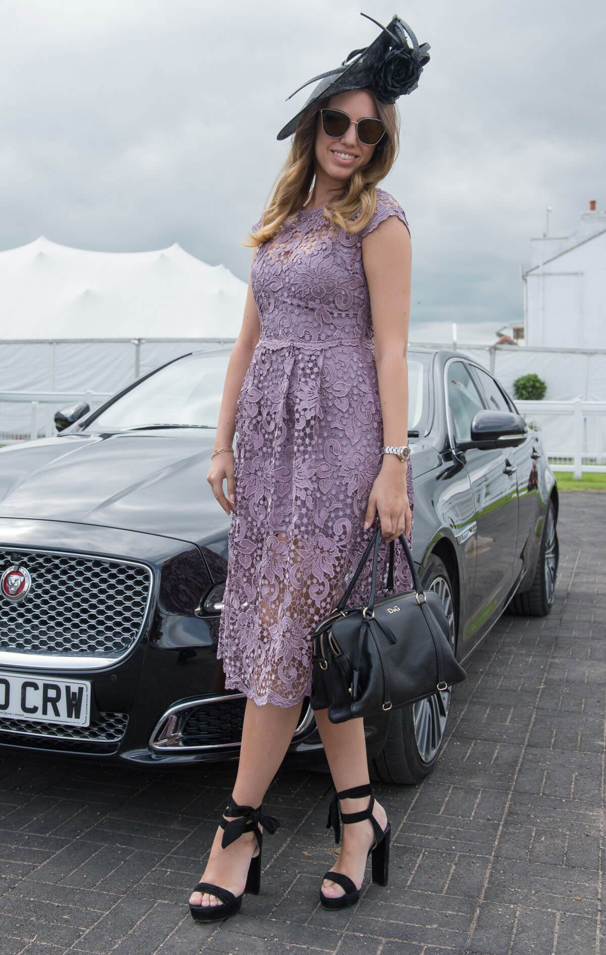 Amber Le Bon at Investec Derby Festival Ladies Day at Epsom Racecourse 2018/06/01 3