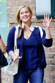 Amy Schumer Out and About in New York 2018/06/11 2