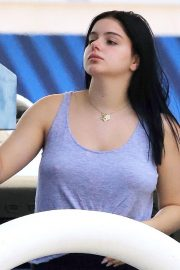 Ariel Winter at a Gas Station in Studio City 2018/06/22 13
