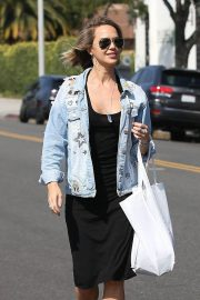 Arielle Kebbel Stills Out Shopping in Beverly Hills 2018/06/07 11
