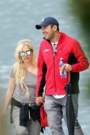 Avril Lavigne on Vacation on Lake Como in Italy 2018/05/31 6