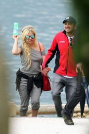 Avril Lavigne on Vacation on Lake Como in Italy 2018/05/31 8
