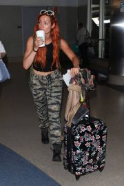 Becky Lynch Arrives at Los Angeles International Airport 2018/06/06 7