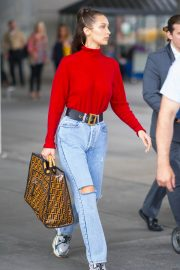 Bella Hadid in Ripped Jeans at JFK Airport in New York 2018/06/02 8