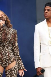 Beyonce and Jay z performs at on the run ii tour inlondon 2018/06/15 6