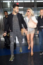 Britney Spears at JFK Airport in New York 2018/05/13 4