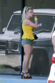 Britney Spears Out and About in Miami 2018/06/04 3