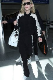 Cate Blanchett at LAX Airport in Los Angeles 2018/06/06 8