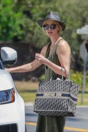 Charlize Theron Out and About in Los Angeles 2018/06/09 9