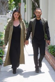 Chrissy Teigen and John Legend Out in Los Angeles 2018/05/31 4