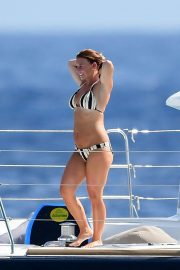 Coleen Rooney in Bikini at a Boat in Barbados 2018/05/28 5