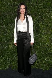 Courteney Cox at Chanel Dinner Celebrating Our Majestic Oceans in Malibu 2018/06/02 4