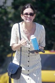 Courteney Cox Out for Lunch in Malibu 2018/05/29 8