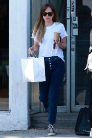 Dakota Johnson in Jeans Out Shopping in West Hollywood 2018/06/06 10