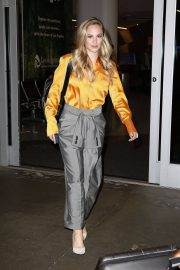 Danielle Savre at Los Angeles International Airport 2018/05/29 2