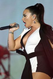Demi Lovato Performs at Rock in Rio Lisboa Music Festival Bela Vista Park in Lisbon 2018/06/24 2