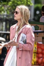 Dianna Agron Out and About in New York 2018/06/15 4