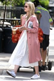 Dianna Agron Out and About in New York 2018/06/15 5