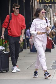 Dua Lipa and Isaac Carew Out in New York 2018/06/21 1