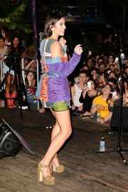 Dua Lipa Performs at Hits 97.3 Sessions in Fort Lauderdale 2018/06/11 10