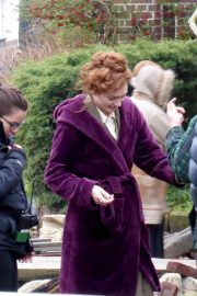 Eleanor Tomlinson on the Set of War of the Worlds in Cheshire 2018/06/09 1