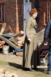 Eleanor Tomlinson on the Set of War of the Worlds in Cheshire 2018/06/09 2
