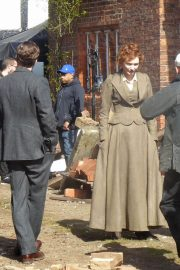 Eleanor Tomlinson on the Set of War of the Worlds in Cheshire 2018/06/09 3