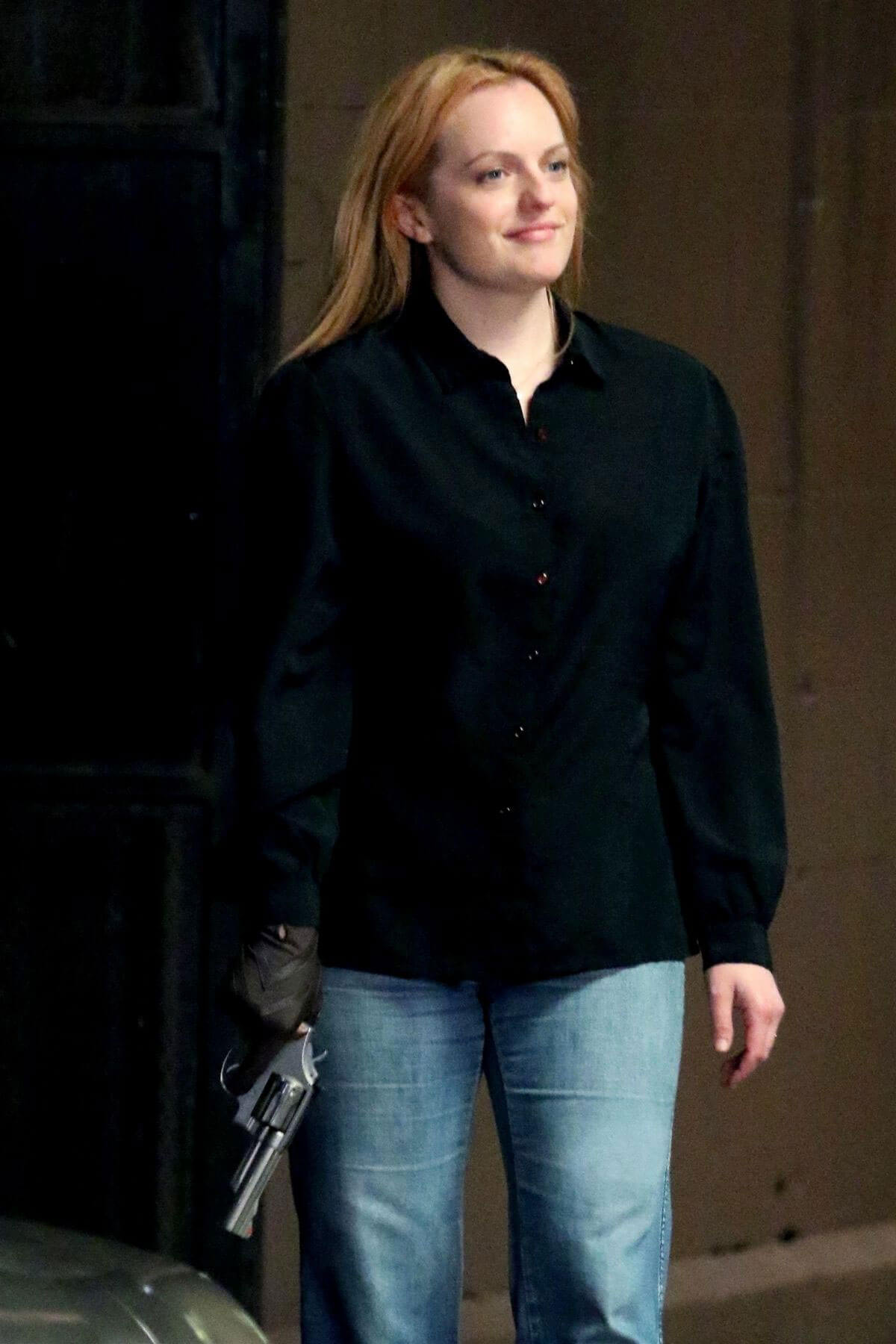Elisabeth Moss on The Set of The Old Man and The Gun in New York 2018/06/06 15