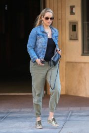 Elizabeth Berkley Out and About in Beverly Hills 2018/06/11 9