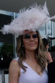 Elizabeth Hurley at Investec Derby Festival Ladies Day at Epsom Racecourse 2018/06/01 2