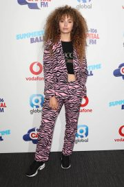 Ella Eyre at Capital Radio Summertime Ball 2018 in London 2018/06/09 3