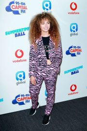 Ella Eyre at Capital Radio Summertime Ball 2018 in London 2018/06/09 6
