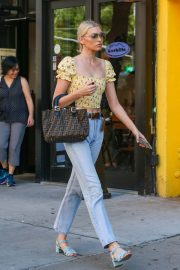 Elsa Hosk Out and About in New York 2018/06/20 6