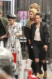 Emma Roberts, Kristen Stewart and Stella Maxwell Night Out in Hollywood 2018/06/09 6