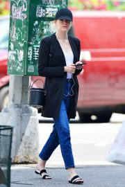 Emma Stone Out and About in New York 2018/06/11 3