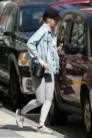 Emma Stone Out in New York 2018/06/09 1