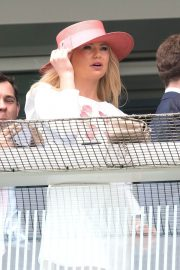 Georgia Toffolo at Investec Derby Festival Ladies Day at Epsom Racecourse 2018/06/01 2