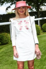Georgia Toffolo at Investec Derby Festival Ladies Day at Epsom Racecourse 2018/06/01 11
