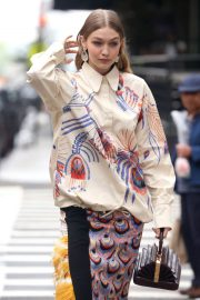 Gigi Hadid on The Set of a Photoshoot in New York 2018/05/31 19